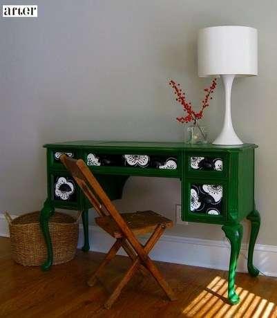 как переделать старую мебель стенку.