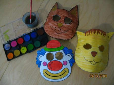 Ben de ben de yaptım işte maskelerimiz