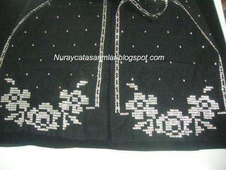 http://nuraycatasarimlar.blogspot.com/2011/11/tel-kirma-fular.html
