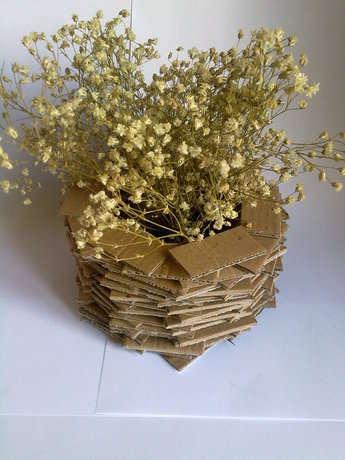 kartondan vazo