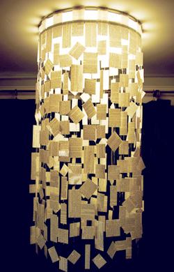 kağıt parçalarıyla abajur