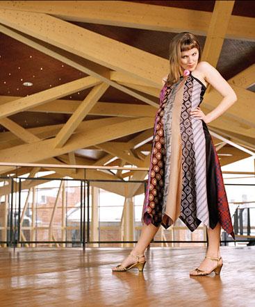 kravatti iltapuku - Kravattan Elbise