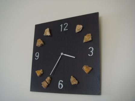 işte duvar saati