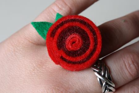 felt ring