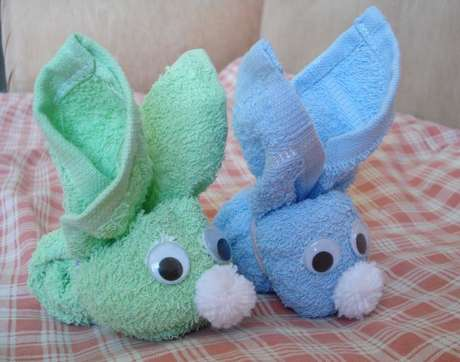 Çocuklar için havludan tavşan yapımı