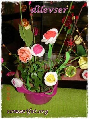 diğer minik saksı çiçek :)