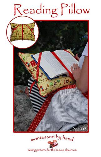 kitap okuma yastığı