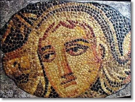 Antakya Mozaik Müzesinde orjinallerini görebilirsiniz