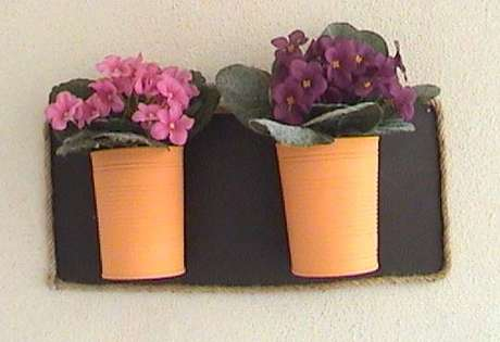renkli saksılarım ve hiç solmayan çiçekleri...