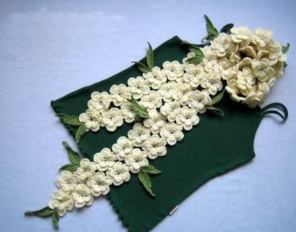 Çiçek Motifli Örgü Fular