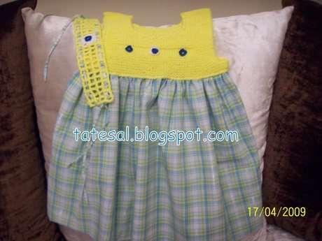 Minik kızlara çok yakışacak kolay bir model.Robayı örüp,kumaşla birleştiriyorsunuz.Saç bandını da ihmal etmedim.Sarı sarı yazlık bir elbise oldu.Arkadaşımın kızına hediye gitti.