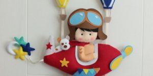 Pilot bebek kapı süsü