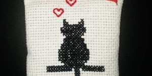 Kanaviçe lavanta kesesi (kedi desenli)