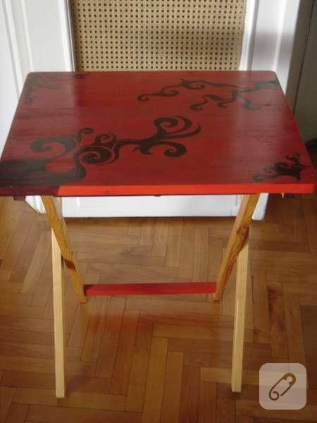 ahşap boyama kırmızı masa