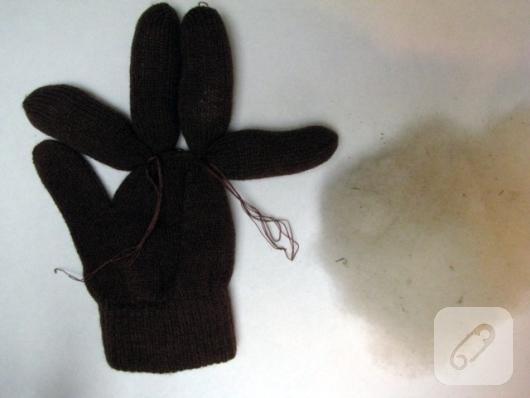 eldivenden-oyuncak-geyik-yapimi-2