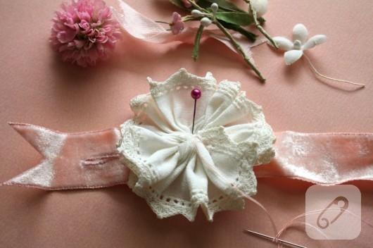 kurdele ve dantelli romantik bileklik yapımı