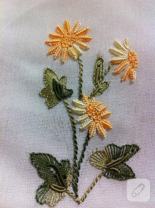 brezilya-nakisi-sari-cicekler