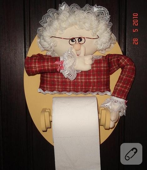 komik-kadin-motifli-kumas-bebekli-tuvalet-kagidi-tutacagi