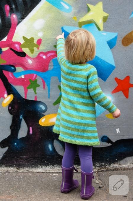 bebek örgüleri çizgili kız çocuk elbisesi