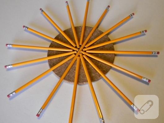 kursun-kalemlerden-kapi-susu-yapimi-2
