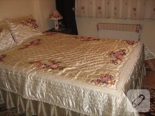 kurdele nakışı yatak örtüsü modelleri
