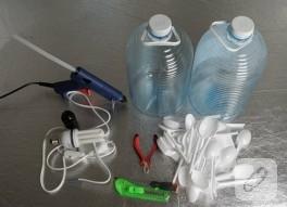 Plastik Kaşık ve Pet Şişe İkilisi