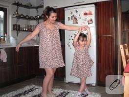 Anne Kız Bir Örnek Elbise
