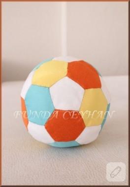 Oyuncak Futbol Topu Yapımı