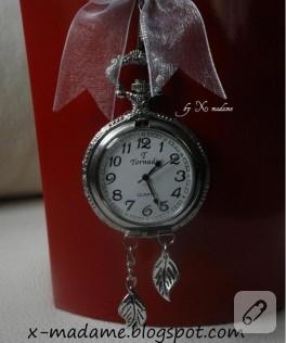 Köstekli Saat Kolye