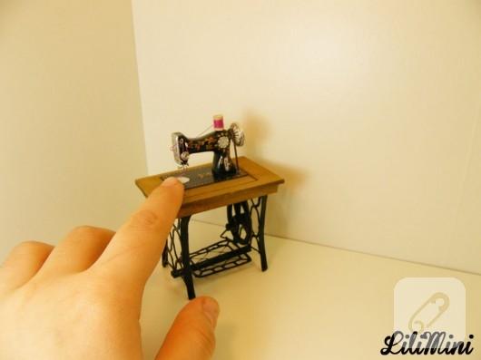 Minyatür Dikiş Makinesi