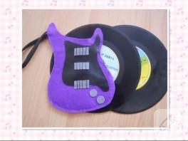 Bir Doğum Günü Hediyesi; Gitar Cüzdan