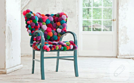 Ponpon Kaplı Sandalye