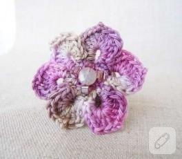 Çiçek Yüzük:)