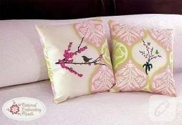 Romantık Kuşlu Yastık :)
