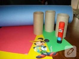 mutlu çocuklar için el yapımı neşeli kalemlikler