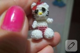 minnnaacık hello kitty ördüm