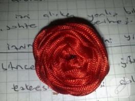 …kırmızı gül…