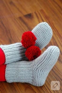 Ponponlu çorap ve cicişler:)