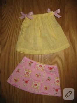 Yastık Kılıfı ve Gömlekten Oyuncak Bebeklere Kıyafet