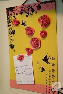 Kağıt Çiçeklerden magnet