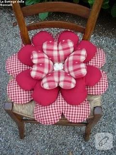 sandalye çiçek açmış :))