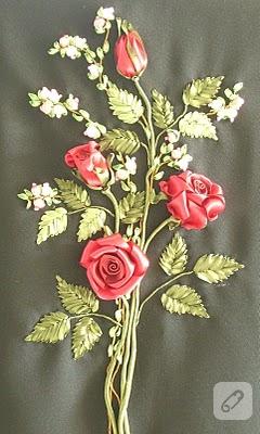 Bayılırım güllere