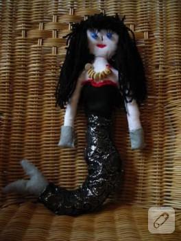 Deniz Kızı Pina