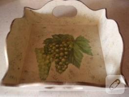 üzüm üzüme baka baka kararır