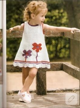 Küçük Kızlara Sevimli Elbise..