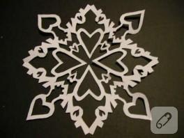 kağıt kar taneleri