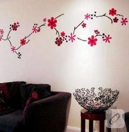 Duvarlarım çiçek açtı, hem de keçeyle..
