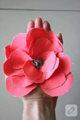Yine Kumaş Çiçek