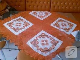 Portakal renkli dantel örtü