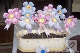 Düzenli Evim'den Geri Dönüşüm-Pet Şişelerden Çiçek Yapımı